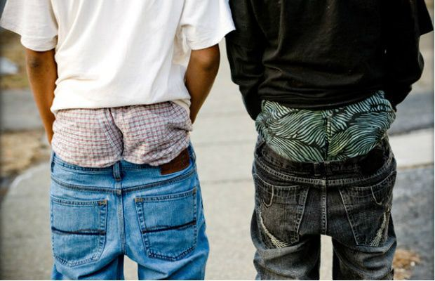 FLORIDA CITY BUCKLES DOWN ON 'SAGGING' PANTS- $500 FINE AND/OR JAIL!