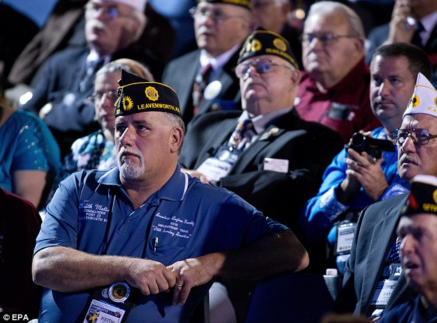 [WATCH] OBAMA RECEIVES ICE COLD RECEPTION FROM VETERANS!
