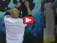 Crowd EXPLODES When Artist Singing Nat'l Anthem Flips Painting Around Revealing…